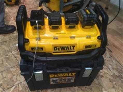 portable power station  battery charger tools
