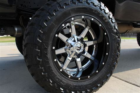 2014 Black Ford F250 Platinum Edition 4x4 With 7.5″ Lift