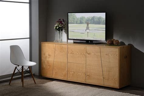 arredamenti in legno massello madia in legno massello di abete 4 ante e 4 cassetti