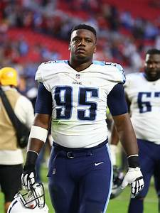 Titans Re-Sign DL David King