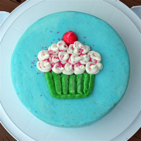 wilton cake decorating classes  michaels busy mommy