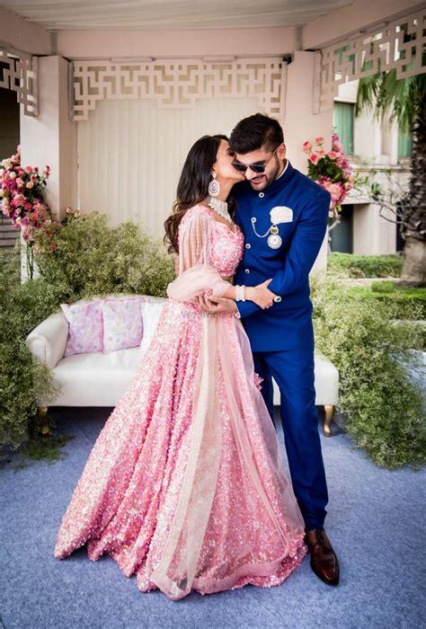 Temukan lebih banyak pakaian renang anak perempuan di modanisa! pink pool party men indian - Google Search   Indian wedding outfits, Engagement couple dress