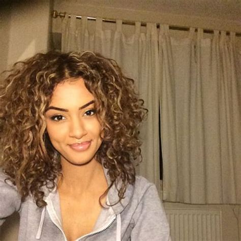 hairstyles    hair  thicker  fashion