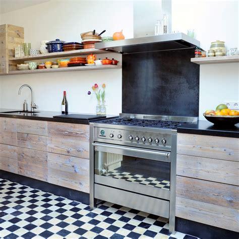 gebruikte keukens klassieke houten keuken restylexl product in beeld