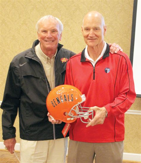 Bob Johnson has long career of gridiron success | The Cleveland Daily Banner