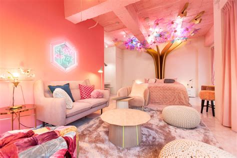 stay   cherry blossom themed airbnb  tokyo