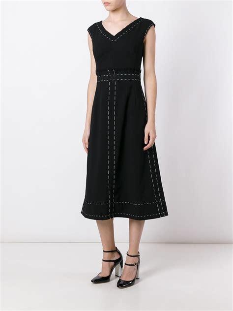 Купить женские платья и сарафаны в интернетмагазине FiNN FLARE цены фото описание в каталоге