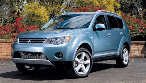 Mitsubishi Outlander Owners Manual by 2007 Mitsubishi Outlander Owners Manual Mitsubishi