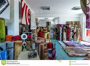 Magasin de tapis for Wonderful choix de couleur de peinture pour salon 3 saint maclou peinture type peinture et papier peint