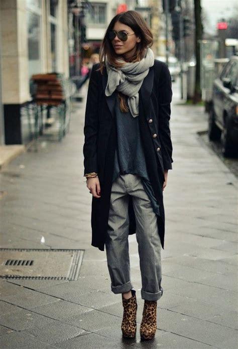 color block turtle neck sweater casual winter ideas for designers