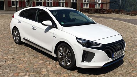 2016 hyundai ioniq review high tech hybrid electric car