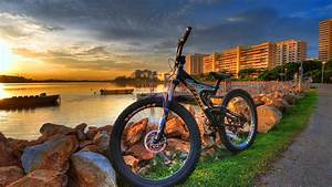 Beautiful Mountain Bike Hd Wallpaper For Top Desktop