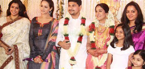 actress lakshmi daughter samyuktha asha ashish playback singer swetha mohan wedding pictures