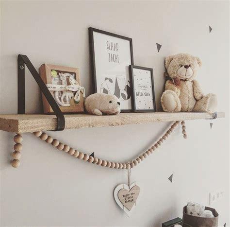 babykamer decoratie muur muur decoratie baby kamer babykamer binnenkijken bij