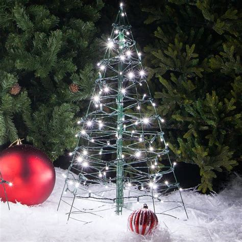 outdoor christmas driveway lights 17 best images about led christmas lights on pinterest