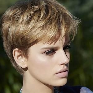 Coupe Courte Tendance 2019 : coupe de cheveux 2019 courte femme ~ Dallasstarsshop.com Idées de Décoration