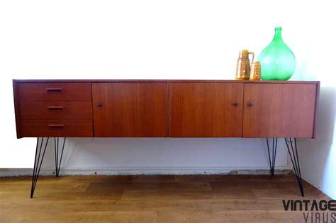 bureau retro groot uniek vintage dressoir teakhout met metalen poten