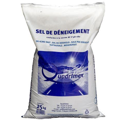sel de déneigement sel de d 233 neigement 0 5 en sac 25 kg leroy merlin