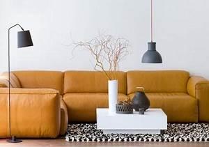 Couch Leder Cognac : elegante sofas couch modelle aus leder living at home ~ Frokenaadalensverden.com Haus und Dekorationen