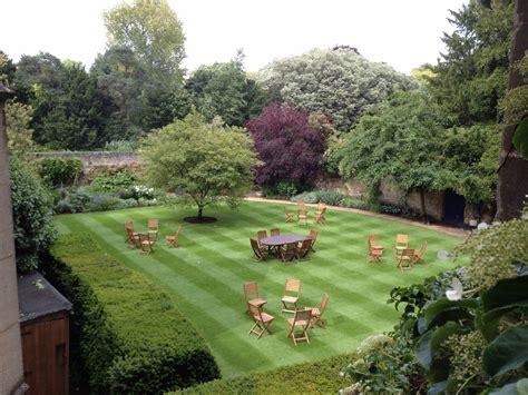 Gardens : Trinity College