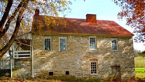 chambre d hote dans le luberon maison à rénover immobilier et rénovation