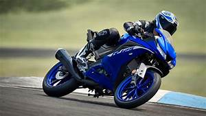 R125 - Motorcycles