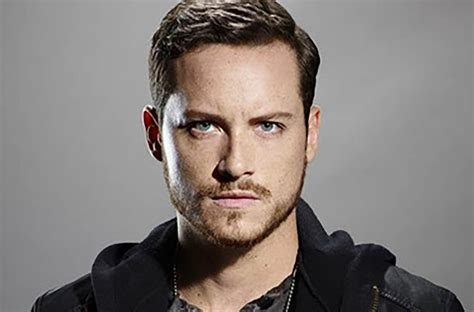Interview with Jesse Lee Soffer, motorcycles and pizza.