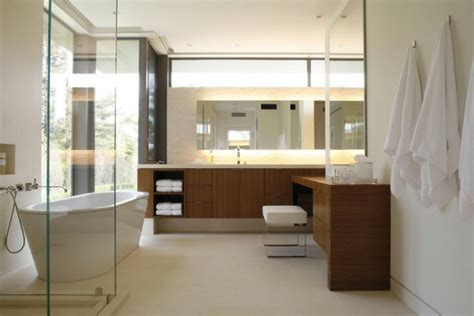 Kleines Bad Dunkle Möbel dunkle flecken am spiegel im badezimmer und wie vermeidet