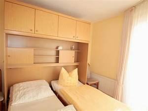 Kleiderschrank 2 Personen : ferienwohnung residenz meeresbrandung mb31 cuxhaven ~ Sanjose-hotels-ca.com Haus und Dekorationen