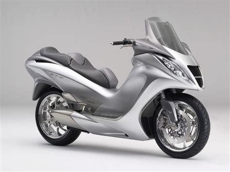 2005 Honda E4-01 Concept Motorcycle Desktop Wallpaper