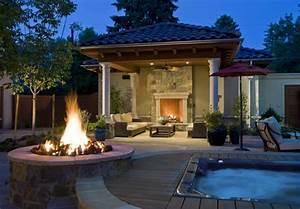 Setzen wir uns neben die feuerstelle im garten hin for Französischer balkon mit offene feuerstelle garten