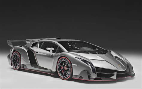 10 Lamborghini Supercars Wallpapers  High Resolution