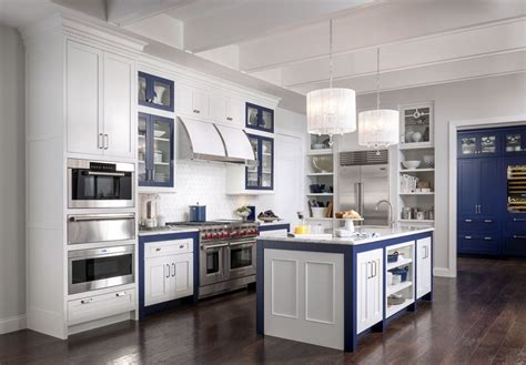 bayside cabinets medallion cabinetry loxley and bayside kitchen cabinets