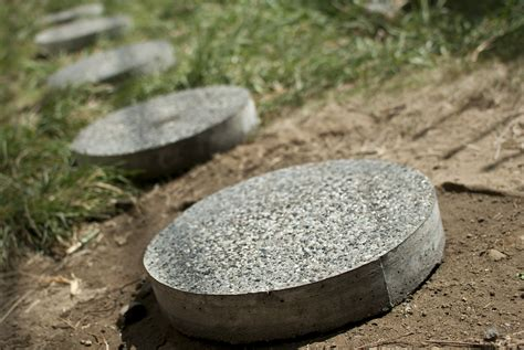 how to make your own stepping stones 7 steps with pictures