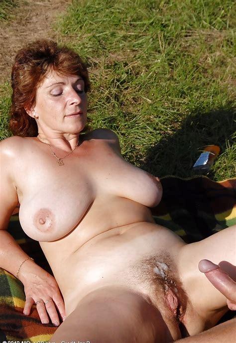 Mature Sluts Naked Outdoors Pics XHamster