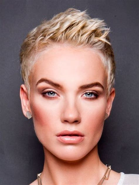 Feminine Pixie Hairstyles by Feminine Hairstyles And Pixie Hair Colors