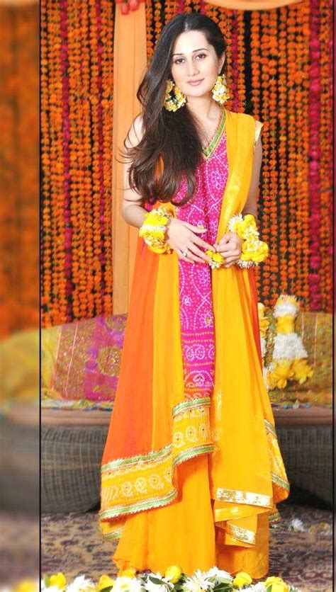 latest bridal mehndi dresses collection