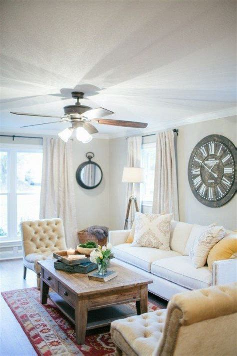 i love Fixer Upper and this coffee table!   Clocks