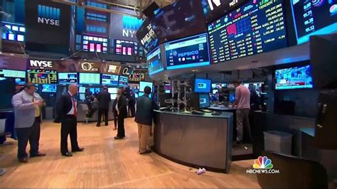 Trading Resumes On Nyse by Trading On New York Stock Exchange Resumes After Computer Glitch Nbc News