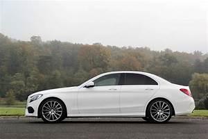 Mercedes Classe C 4 : comparatif vid o jaguar xe vs mercedes classe c candidats aux europ ennes ~ Maxctalentgroup.com Avis de Voitures