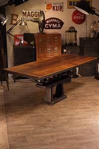 Pied De Meuble Vintage : table ancienne pied fonte deco meuble industriel deco ~ Dallasstarsshop.com Idées de Décoration