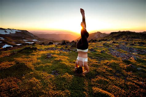 outdoor yoga photography outdoor adventure  lifestyle