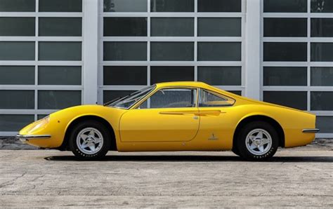 Why does every collector want this car? Prototipo Ferrari Dino 206 GT - 1966