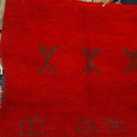 tapis marocain chichaoua rouge tapis berb 232 re du maroc