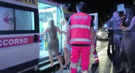 portiere di notte roma notte di paura a roma aggredite due turiste una
