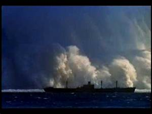 the biggest tsunami ever sawed - YouTube
