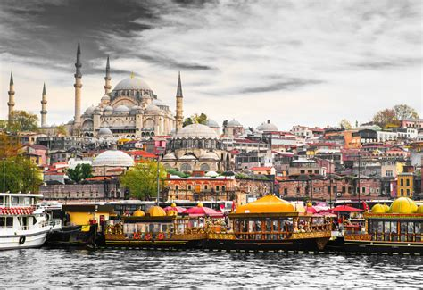 Istanbul Turkey Uvet