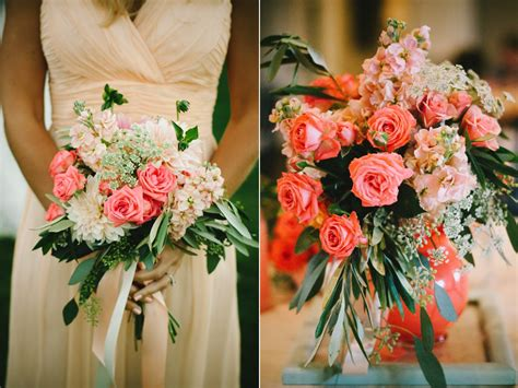 coral peach wedding flowers  sleepy ridge reception
