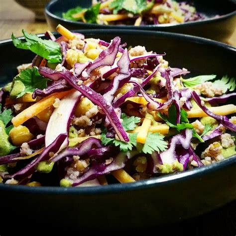 chou et pois chiches en salade sauce aux graines de