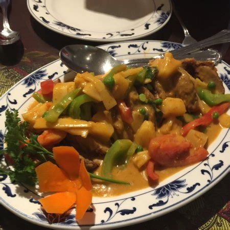 singha cuisine dining room at singha cuisine moab ut bild